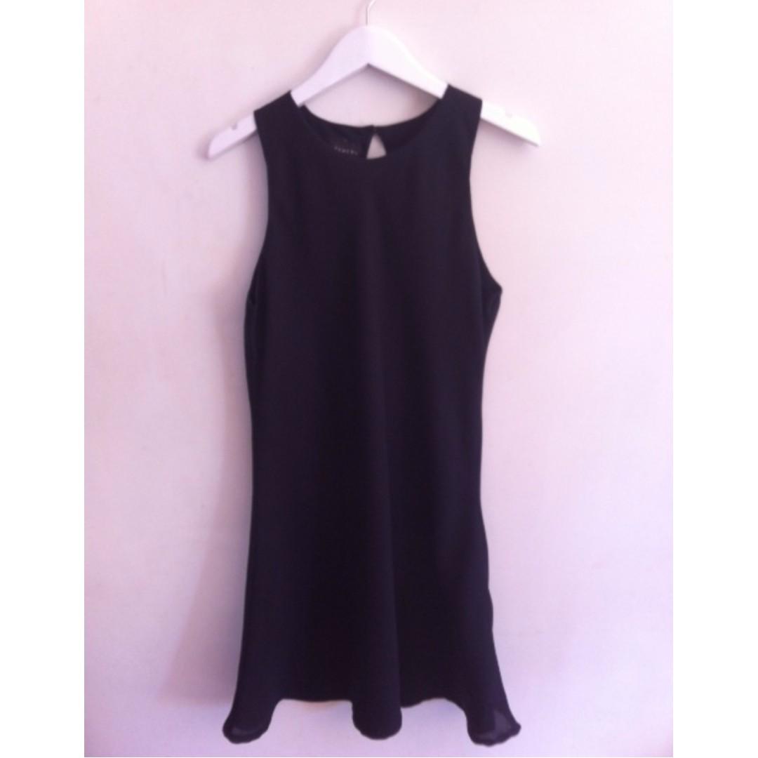 Beautiful Navy Witchery Dress Size 12
