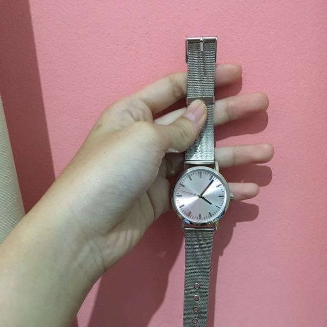 BERSHKA WATCH SILVER