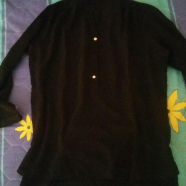 Black blouse (no brand)