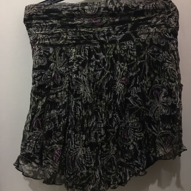Black Halter Top (L) Pre-loved