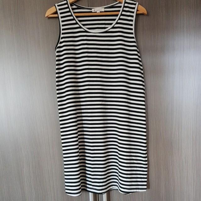Black n white casual dress