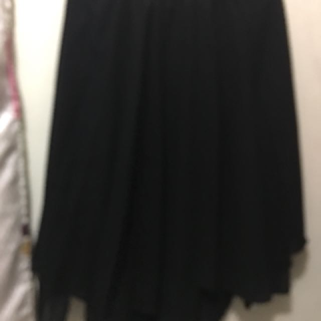 Black Skirt (L) Pre-loved