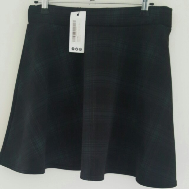 Boohoo Scuba Plaid Skirt BNWT