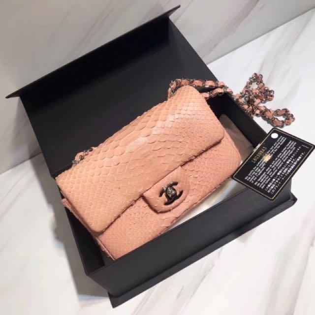 0e033d5b1e81 Chanel snakeskin 98%new, Women's Fashion, Bags & Wallets on Carousell