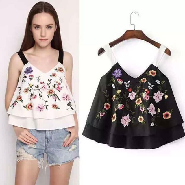 Embroid Sleeveless Top