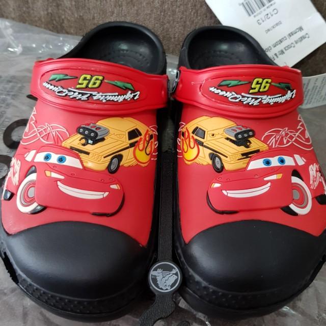 7b8b252d9ad53b Fastdeal  Crocs 3D kids Shoes - Cars Lightning Mcqueen on Carousell