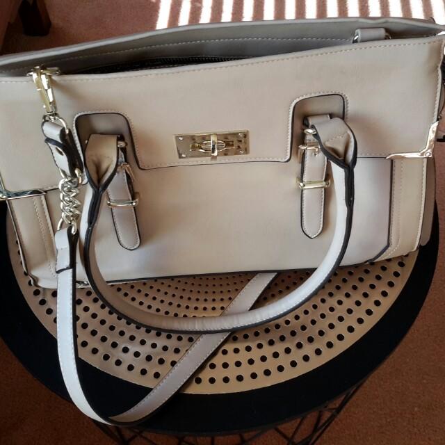 Forevernew Handbag