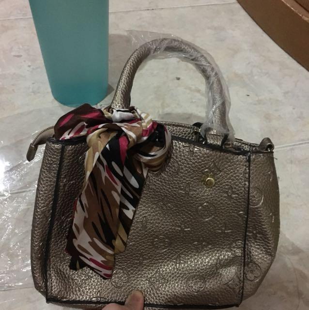 Gold korean bag