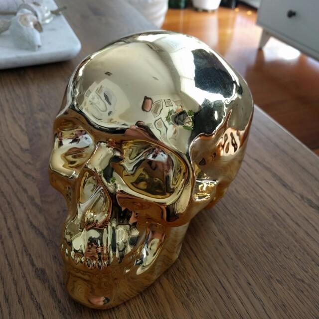 Gold skull ceramic money box