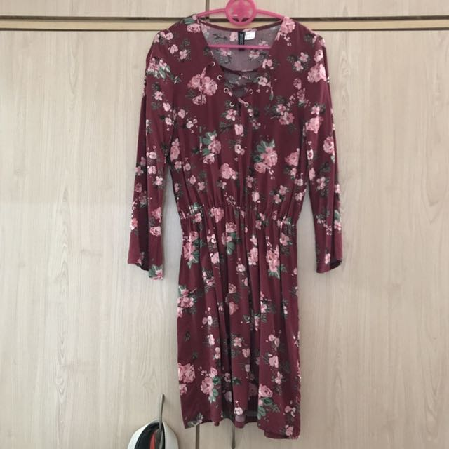 H&M floral lace up dress