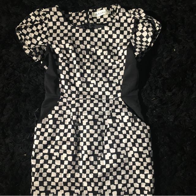 HQ elegant dress