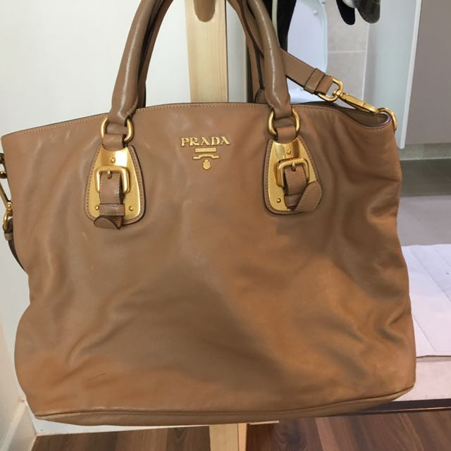 39868d62cec0 ... new style prada bag worn and not for fussy buyer luxury bags wallets on  carousell 3236c