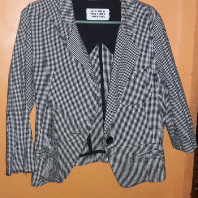 Preloved checkered blazer