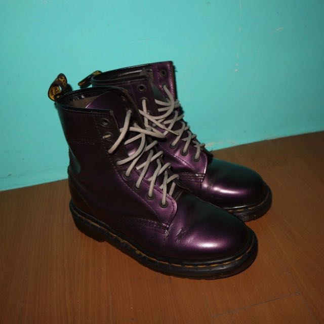 Preloved Dr. Marten's Purple Women's 1460 Smooth |size 6.5 to 7| Perfect Condition, no issues at all