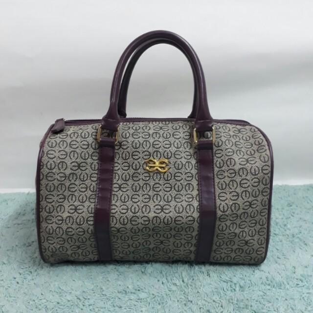 SALE! Esquire handbag