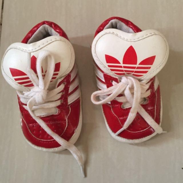 Sepatu baby Adidas