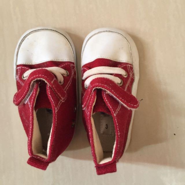 Sepatu baby ala convers