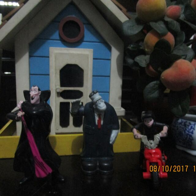Transylvania Happy Meal Toys SET 4