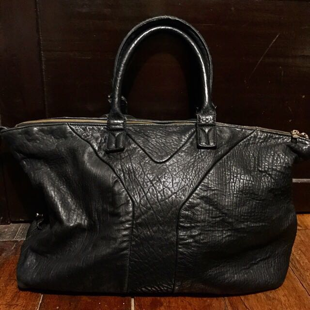 7a475af2c36 YSL Muse Bag, Women s Fashion, Bags   Wallets on Carousell