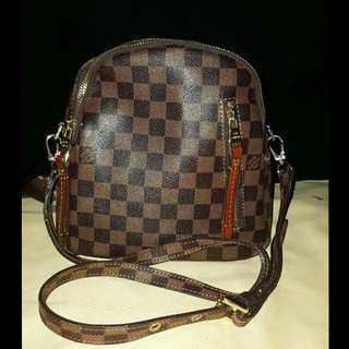 LOUIS VUITTON BAGPACK DAMIER LEATHER BAG ( With Datecode)