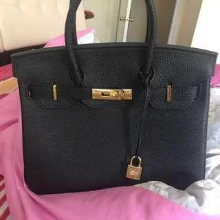 Non-authentic Hermes bag