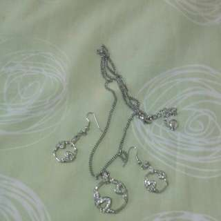 Artini necklace set with earing