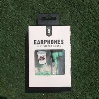 Earphones merk Typo