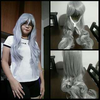 Silver curly wig with bangs 80cm