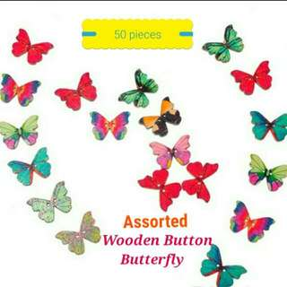 50 pcs. Wooden Butterfly (Two-Hole Buttons) Assorted Colors --> Unused (FREE Postage/Normal Mail)