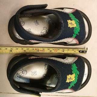 兒童涼鞋免費送