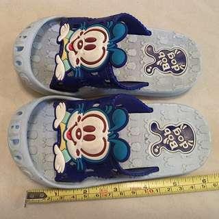 兒童室內拖鞋免費送