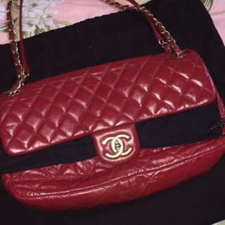 a531a9e8485f Chanel Red Quilted Iridescent Calfskin leather Chic quilt Medium Flag Bag  (Quick Act to be