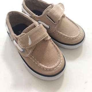 Boys shoes Nautica barely worn size 4.5 / EUR 21