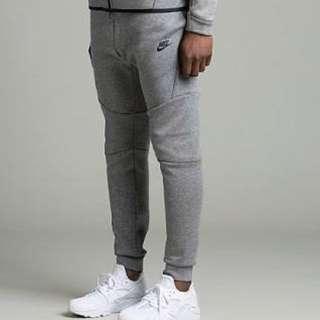 Nike twch fleece trackies grey
