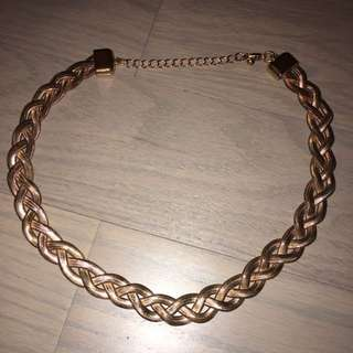 Braid necklace gold pink