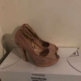Rubi strap heels size 40