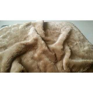 Faux Fur 78x93cm