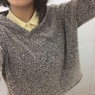 Grey knitted hoodie t shirt