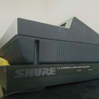 SHURE mic wirelesd receiver
