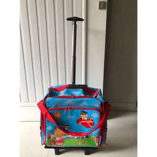 Tas multifungsi (bisa di tenteng / di gerek roda seperti koper)