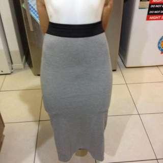 Size xs midi skirt