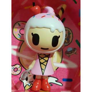 Amarena - Donutella and her Sweet Friends Blind Box Mini Figures