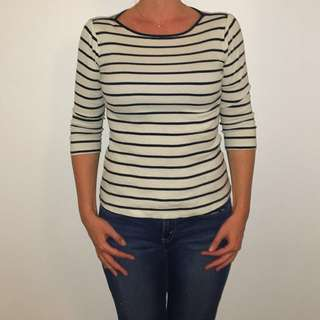 ZARA Blue and white stripes top size S - would fit size M