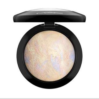 MAC Mineralize Skin Finish Highlighter