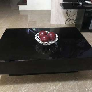 Console And Center Table