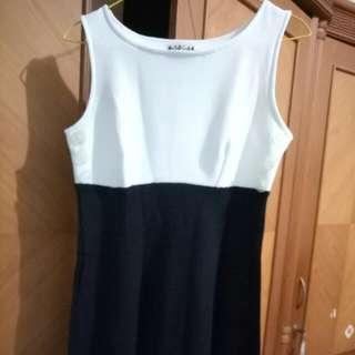 Black N White Dress (oleh2 tante Dari US)