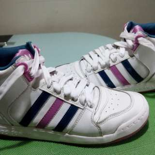 NOW ON SALE !! Adidas High cut,size 8 US