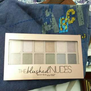 Maybelline Blushed Nudes eye shadow palette
