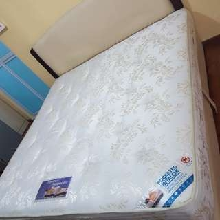 VONO King Mattress (ONLY MATTRESS) RESERVED
