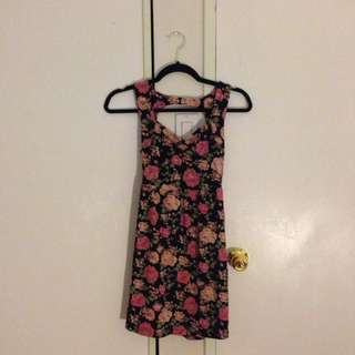 Forever 21 floral cutout dress